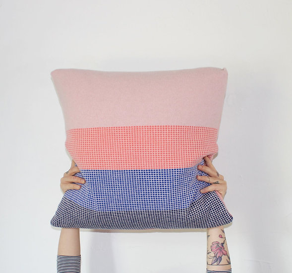 Cushion cover in Pink