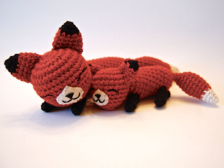 Free Amigurumi Mother and Baby Fox