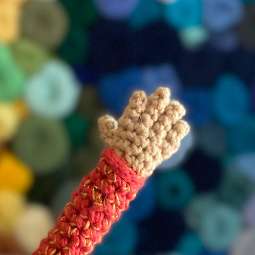 Doll Arm with Hand and Fingers Pattern
