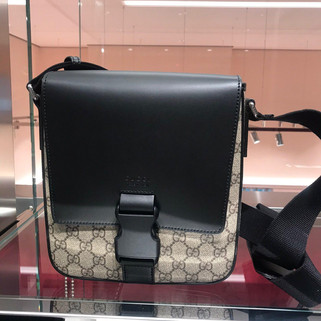 (Pre-order) Authentic Gucci Men's Messenger Bag RM3,380.00