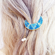 Sweet Shiny Moon Tassels Hair Clip-US$6.92