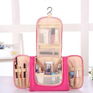 Hanging Travel Makeup Bags -RM124.21