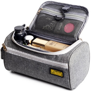 Cosmetic Bags & Cases -RM77.40