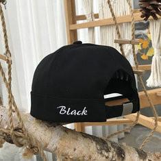 Unisex Vogue Brimless Cap-RM41.87