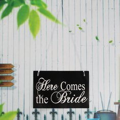 Black Underside Of Wedding Supplies Bride Marriage License In Hand With The Hand Card-RM17.16