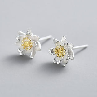 Ethnic 925 Sterling Silver Earrings Elegant Classic Lotus Flowers Stud Earrings for Women - RM54.68
