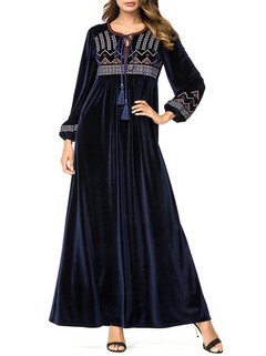 Cuff Chest Embroidery Muslim Dress -US$46.80