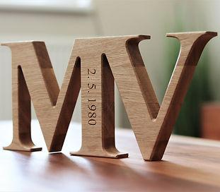 Dřevěné písmeno s vlastním textem