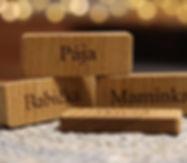 Jmenovky s vlatím věnováním