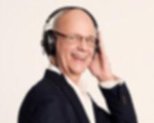 DJ Claude Rajotte, disponible pour vos événements.