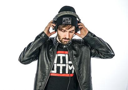 DJ Alex Pullinsky