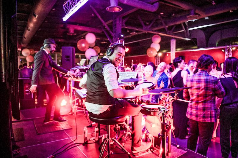 Duo drum et DJ pour événements corporatifs