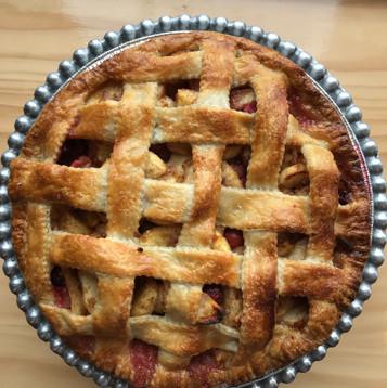 Apple pie with lattice.jpeg