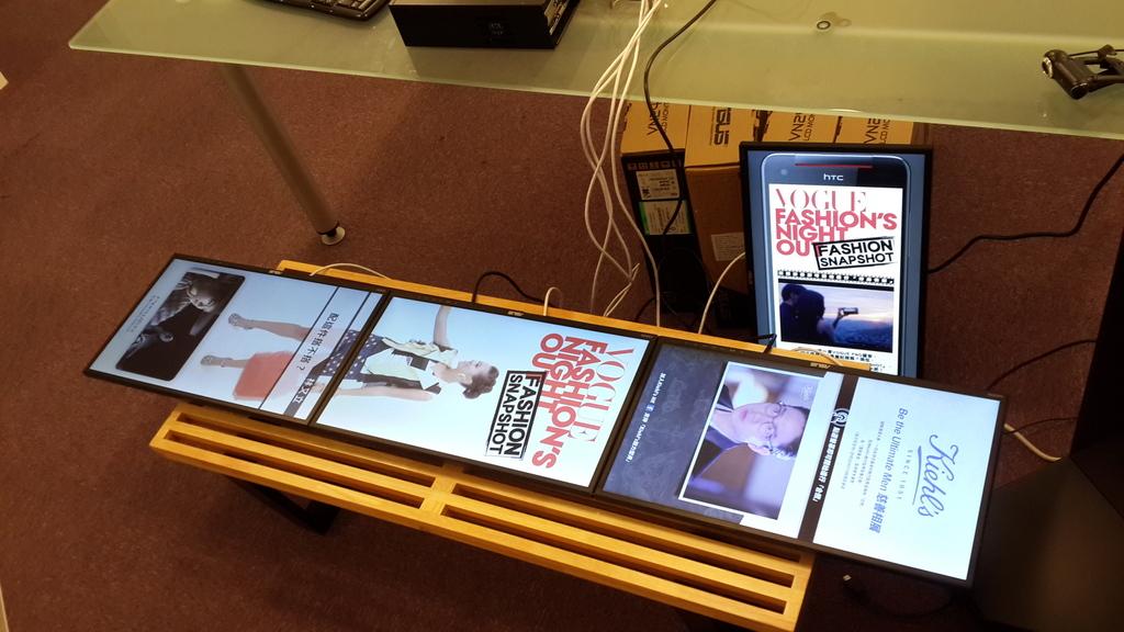數位看板多媒體播放機四輸出