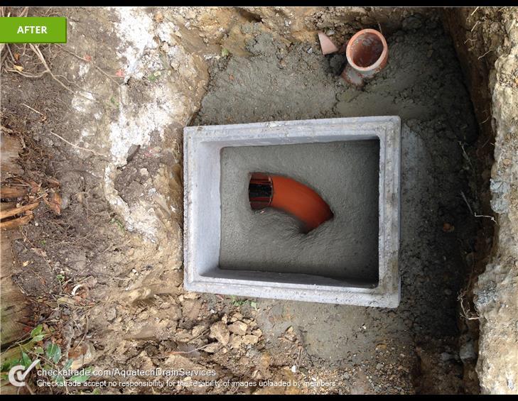 Man-hole instalment
