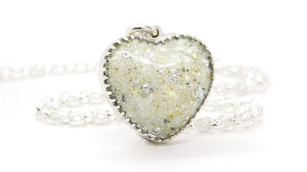 Heart Cabochon Necklace