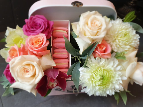 Macaroon Flower Box