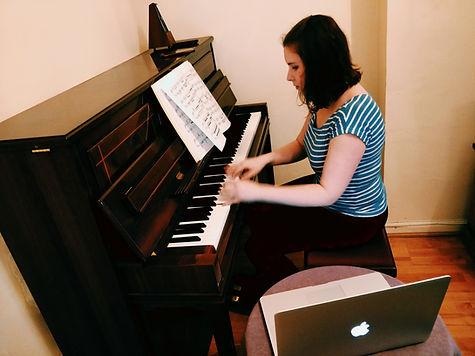 joanna_online_piano.jpg