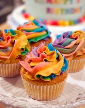 rainbowcupcakes.jpg