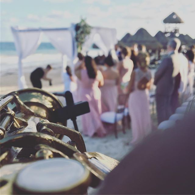 Wedding time 🎶🎶🎷💍 #cancun #Tulum #playadelcarmen #weddings #bodasenlaplaya #destinationwedding