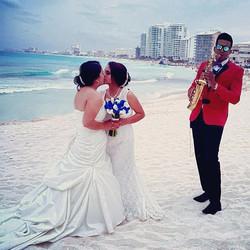 Love moments at weddings 👰 ❤️ 👰 ._._._._