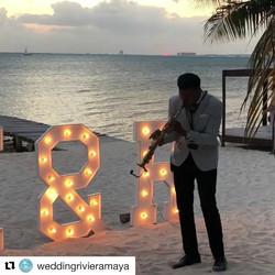 Boda en Isla Mujeres 👰 🎵🎷 con _weddingrivieramaya 👋🏻😀