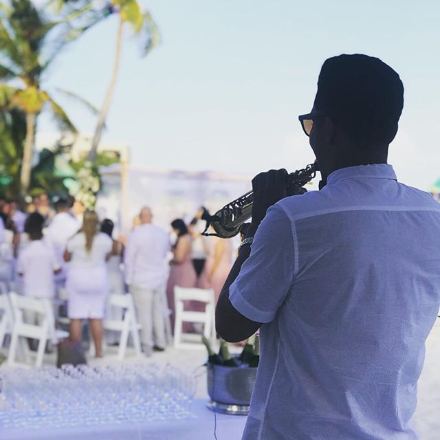 Sax for Wedding 👰 #rivieramaya #saxforweddings #grandoasistulum #bodas2018 #saxofonista #sax #saxpl