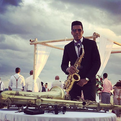 Beautiful Music 🎶 at weddings today 🎷 🎶💍 Dreams Riviera Cancun #dreamsrivieracancun #destination