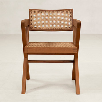 03_OC_X_Chair_Front.jpg
