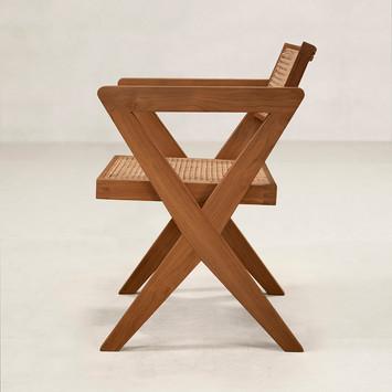 02_OC_X_Chair_Side.jpg