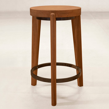 02_Counter_Steel_Ring_Stool_Front.jpg
