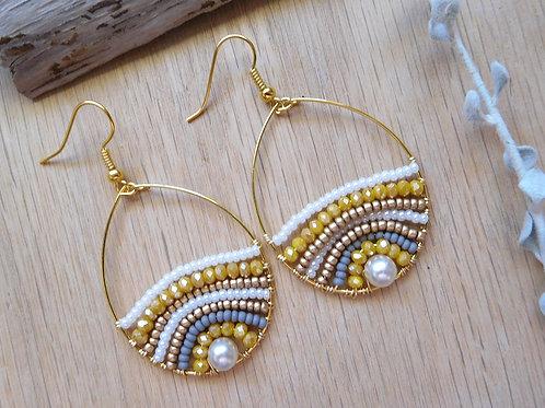 Beach pearl gold hoops