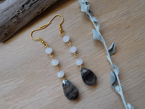 Wholesale Labradorite teardrops with crystals earrings