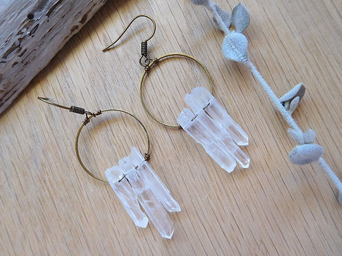 Wholesale quartz point brass hoop earrings