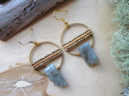 Kyanite with beads hoop earrings