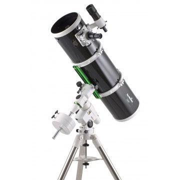 telescope-sky-watcher-200-1000-sur-neq5.