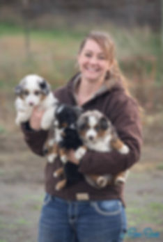 nicole.puppies.jpg