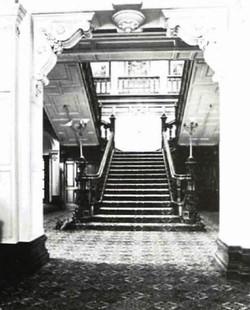 Vestibule and main staircase