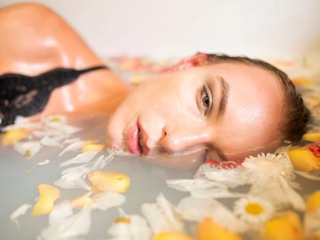 Yin Yang Bath