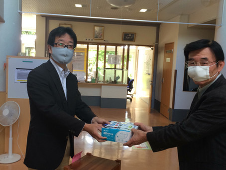 マスクを贈呈させていただきました!