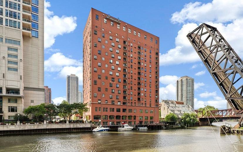 water dmg - chicago.JPG