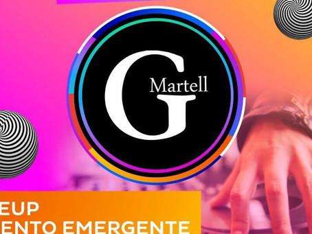 G Martell En El PASSPORT STAND En EDC México