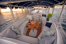 Duffy-Electric-Boats-18-Snug-Harbor-Inte