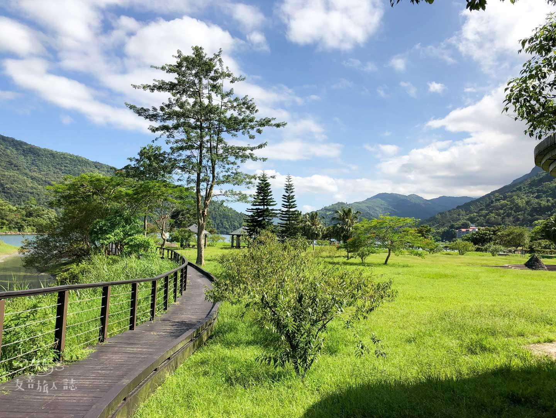 花東縱谷_鯉魚潭風景特定區_自行車道01