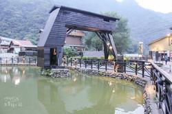 儲木池天車