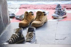 進入家屋前廳必須脫鞋子的習俗