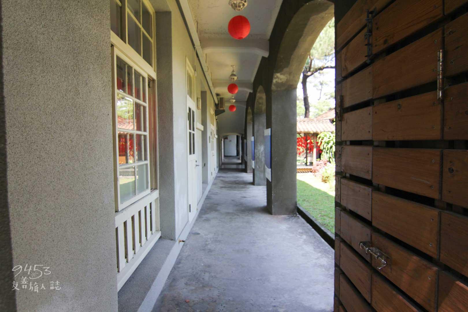 松園別館2F走廊