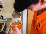 慢飛兒現沖泡的咖啡