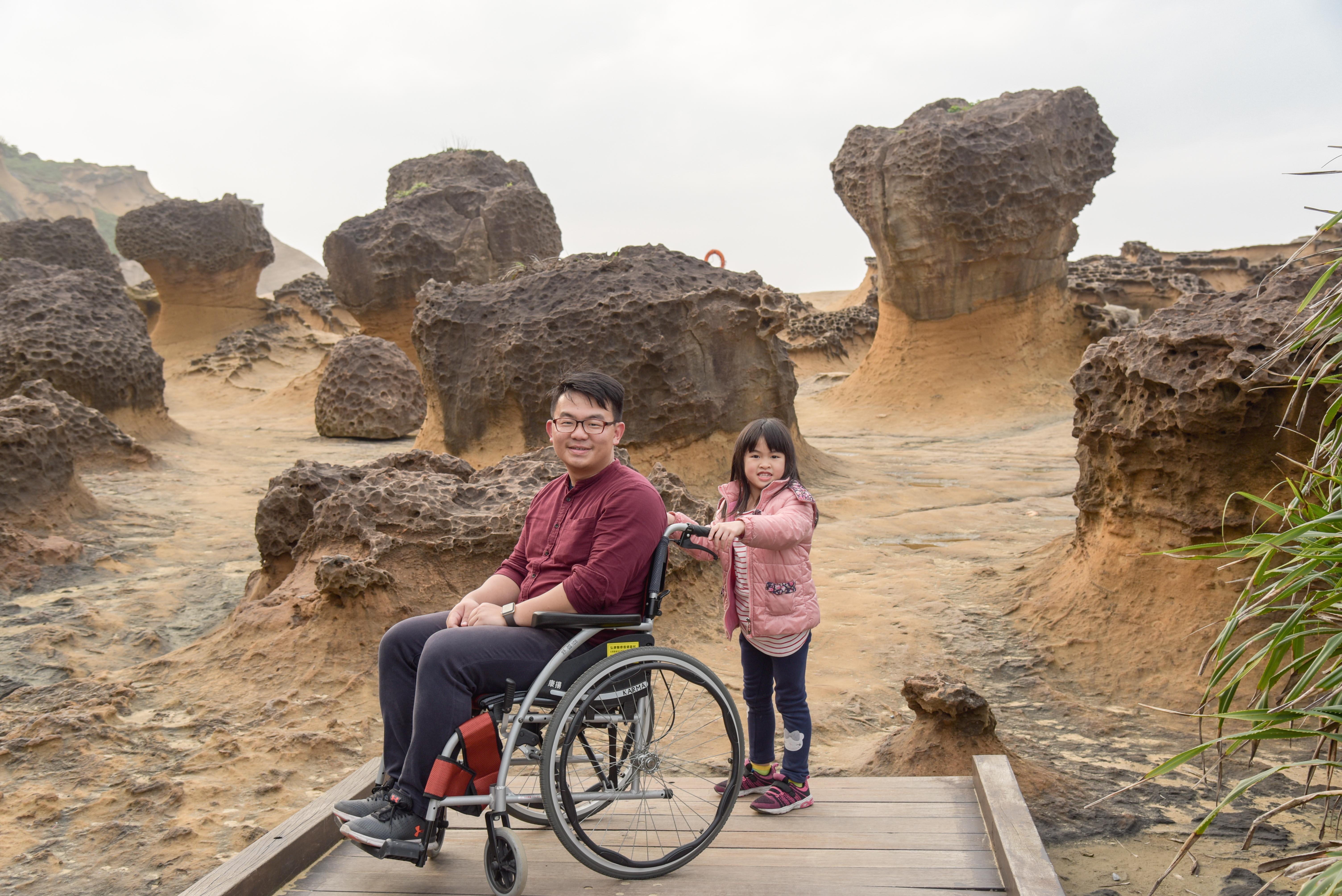 野柳地質公園豐富的蕈狀岩區
