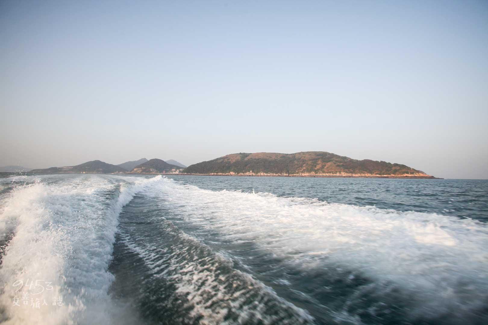 波濤洶湧的海浪